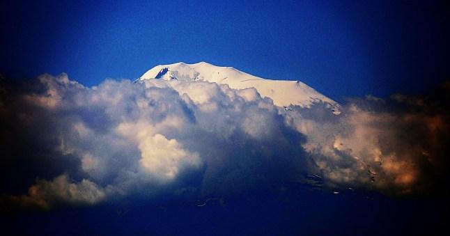hayastan-17-mai-1-er-jour-visite-yerevan-alain-1.jpg