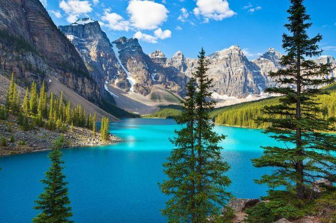 les_plus_beaux_lacs_du_monde_moraine_lake_alberta_canada-png